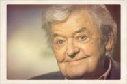 Hal Holbrook as Papa